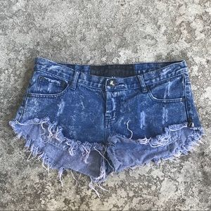One Teaspoon Size 30 Distressed Denim Shorts
